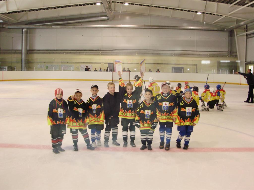 Открытый турнир по хоккею среди юношей 2005 года рождения прошел в минувшие выходные, 5 и 6 декабря